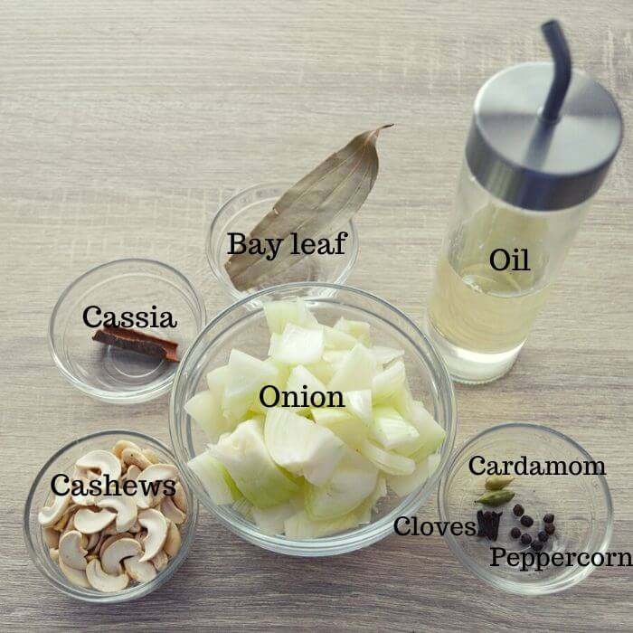 necessary ingredients to make a masala paste.